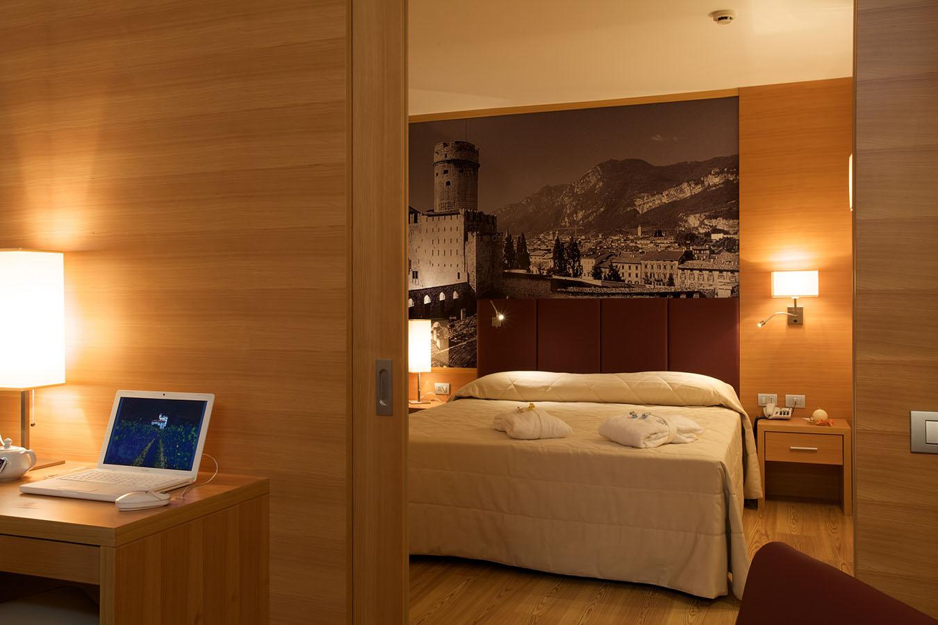 Ufficio Nuovo Hotel : Nuovo hotel con 5 sale meeting in trentino per best western italia