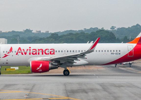 Avianca Brasil, foto di ruifo su Flickr.com